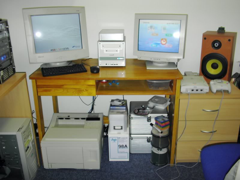 right-desk