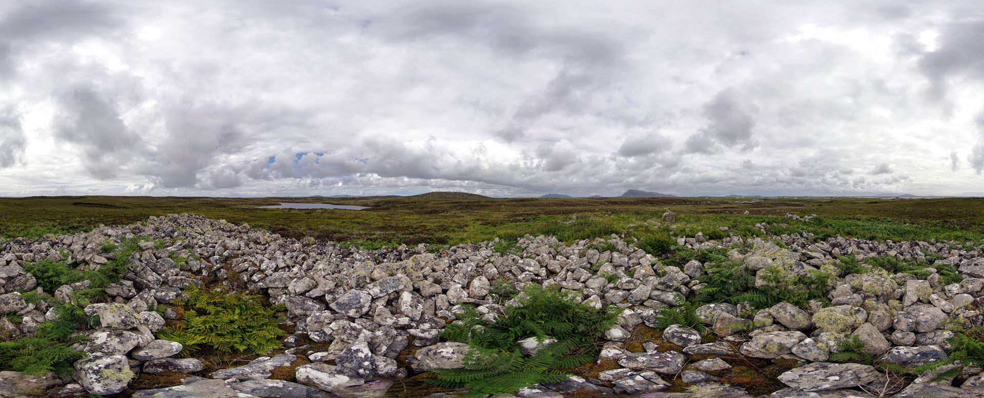 21 Caravat Barp (chambered cairn at Carinish)