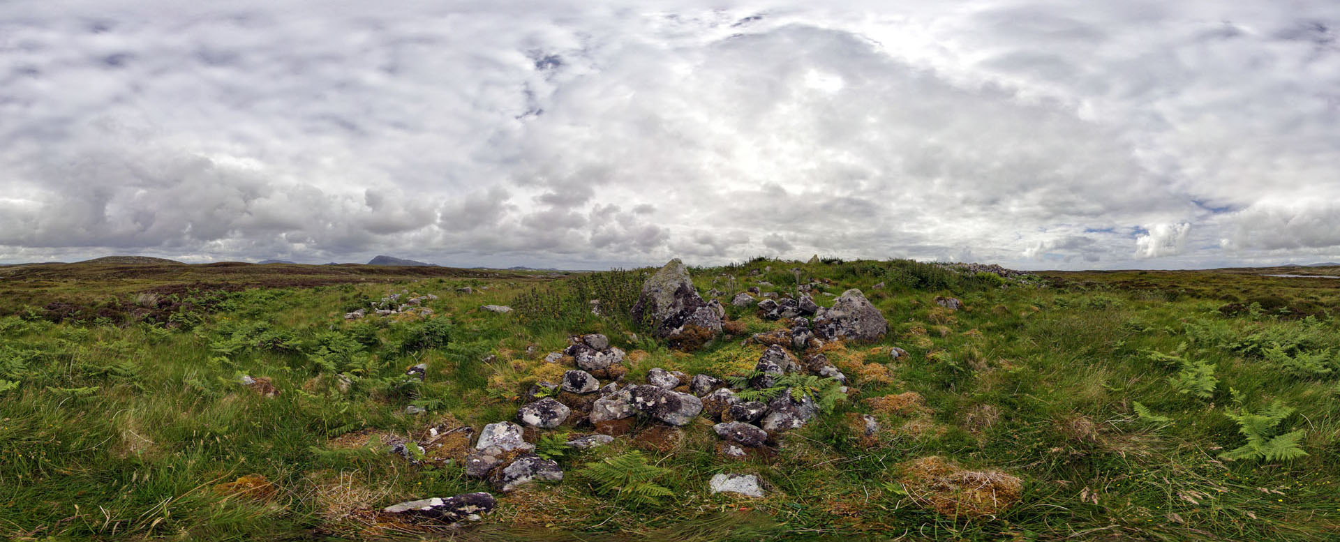24 Caravat Barp (chambered cairn at Carinish)